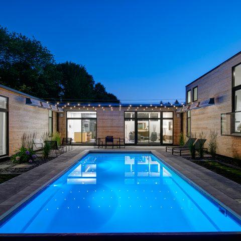 piscina in vetroresina economica