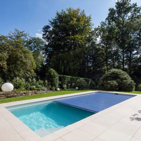 manutenzione piscine coperture a tapparella